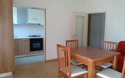 Appartamento arredato, con balcone